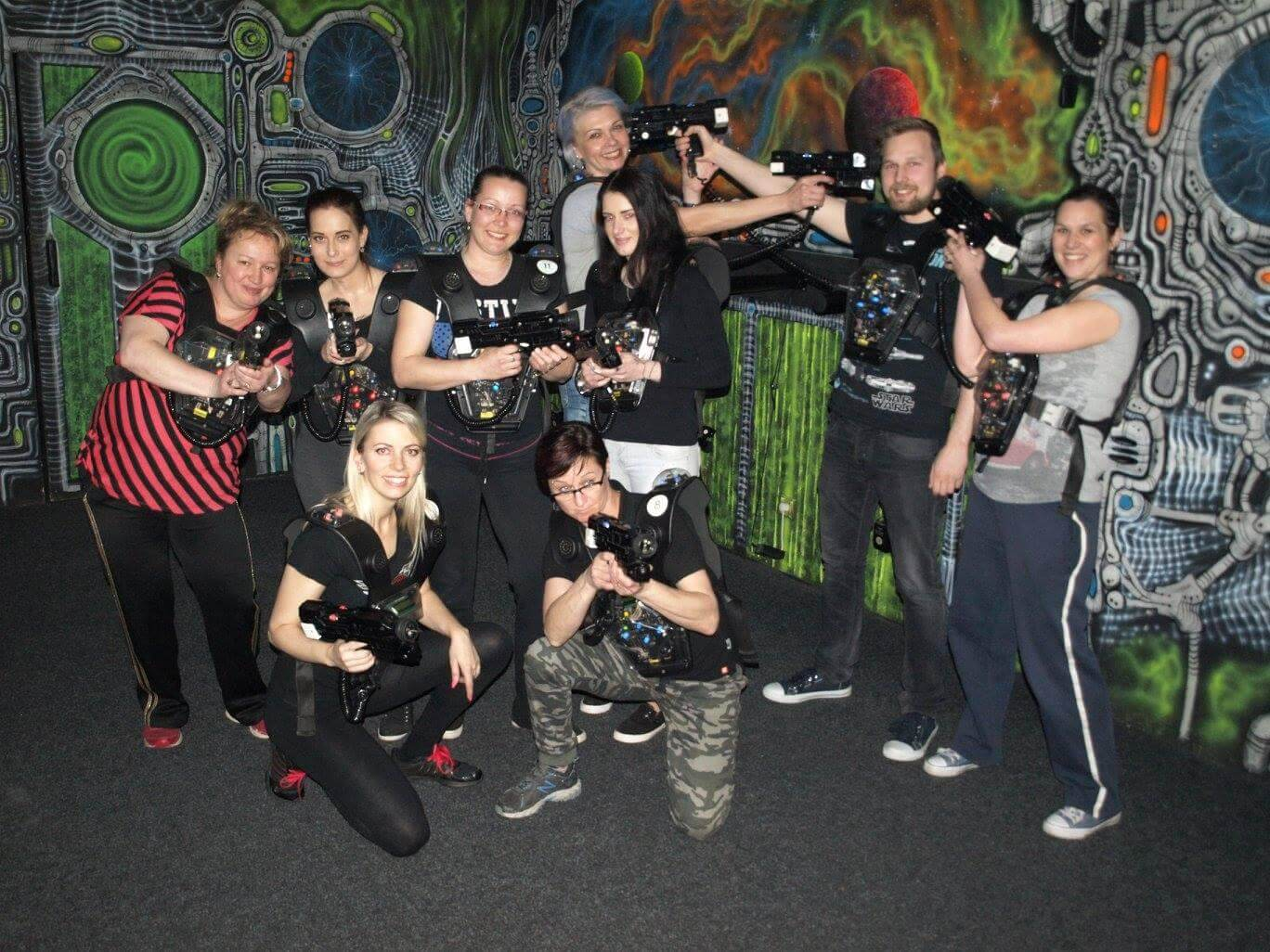 "EFSETE team building: Call Centre in a ""mortal combat"" (X Laser Game, Ostrava)"